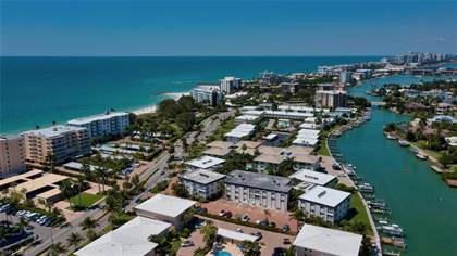 Residential Property for sale in 1930 Gulf Shore BLVD N C301, Naples, FL, 34102