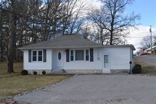 Single Family for sale in 607  Park Ave., Fairfield, IL, 62837