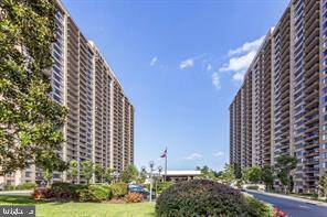 Residential Property for sale in 3705 S GEORGE MASON DRIVE 612S, Falls Church, VA, 22041