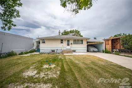 Residential Property for sale in 810 12th AVENUE E, Regina, Saskatchewan, S4N 0M2
