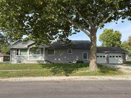 Residential Property for sale in 815 E 16th, Sedalia, MO, 65301