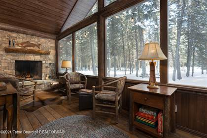 Residential Property for sale in 785 W SAGEBRUSH DR, Jackson, WY, 83001
