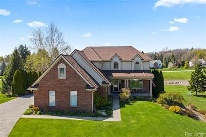 Residential for sale in 3630 WINGTIP Court, Orion Township, MI, 48360