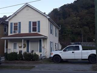 Single Family for sale in 109 Pleasant St, Hinton, WV, 25951