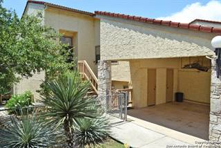 Townhouse for sale in 1048 Parkview Dr, Canyon Lake, TX, 78133