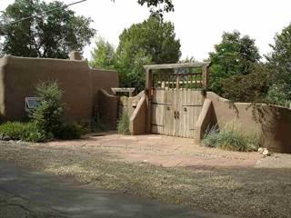 Single Family for sale in 20 Valerio Rd, Ranchos De Taos, NM, 87557
