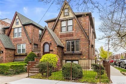 Multifamily for sale in 974 Van Nest Avenue, Bronx, NY, 10462