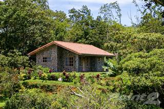 Residential Property for sale in AMAZING MOUNTAIN VIEWS IN SAN RAMON, San Ramon, Alajuela