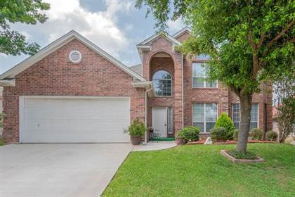 Residential for sale in 2813 Fossil Run Boulevard, Fort Worth, TX, 76131