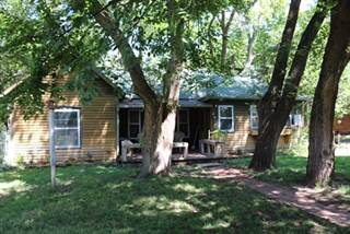 Single Family for sale in 613 W 15th, Harper, KS, 67058