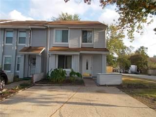 Townhouse for sale in 5679 Campus Drive, Virginia Beach, VA, 23462