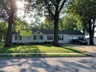 Multi-family Home for sale in 6312 Santa Fe Drive, Overland Park, KS, 66202