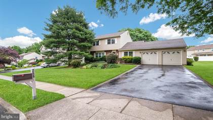 Residential Property for sale in 288 EMERALD DR, Morrisville, PA, 19067