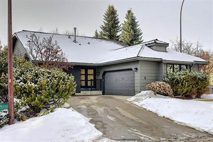 Single Family for sale in 3 Stradbrooke Place SW, Calgary, Alberta, T3H2A3