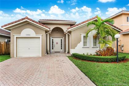 Residential for sale in 13024 SW 143rd Ter, Miami, FL, 33186