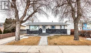 Single Family for sale in 2155 24 Street SE, Medicine Hat, Alberta, T1B1A6