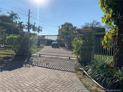 Residential Property for sale in 8601 SW 70th St, Miami, FL, 33143