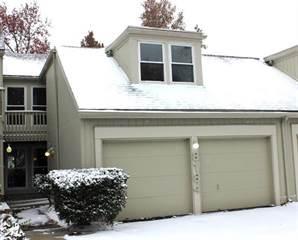 Townhouse for sale in 8184 Halsey Street, Lenexa, KS, 66215