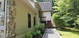 Single Family for sale in 160  Serfas Dr, Stroudsburg, PA, 18360