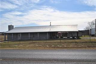 Single Family for sale in 11651 Hwy 16 N, Comanche, TX, 76442