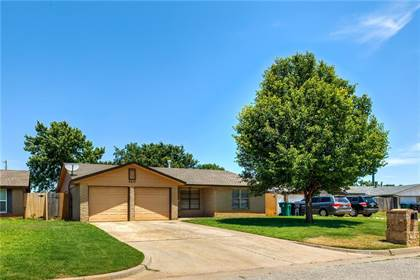 Residential for sale in 8413 NW 92nd Street, Oklahoma City, OK, 73132