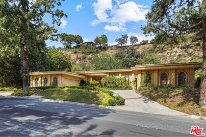 Residential Property for sale in 1856 Loma Vista Dr, Beverly Hills, CA, 90210
