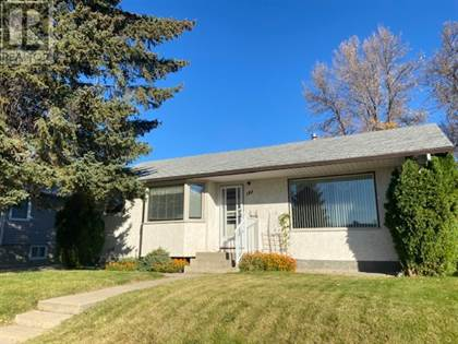 Single Family for sale in 182 12 Street NW, Medicine Hat, Alberta, T1A6P7