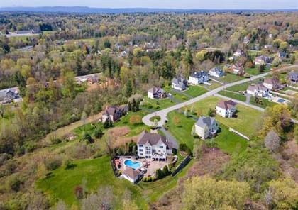 Residential Property for sale in 1014 CATHERINES WOODS, Niskayuna, NY, 12309