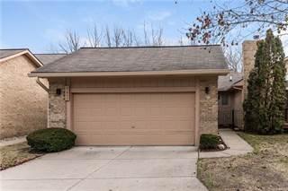 Condo for sale in 21900 RIVER RIDGE TRL 90, Farmington Hills, MI, 48335