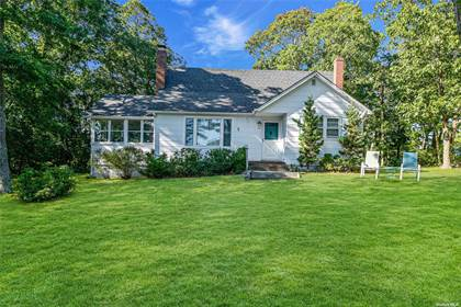 Residential Property for sale in 72 Shore Road, Hampton Bays, NY, 11946