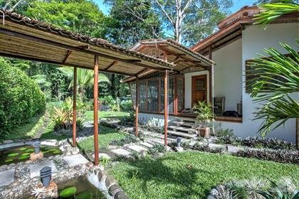 Chiquita Beach Real Estate Homes For Sale From 375 000 In Chiquita Beach Point2