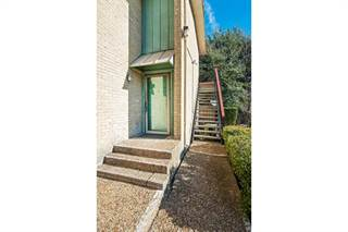 Condo for sale in 6600 Eastridge Drive 101, Dallas, TX, 75231