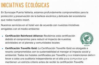 Condominium en venta en BEACHFRONT | 4 BEDROOMS | ACCESS TO 4* RESORT | OCEAN VIEWS | 17883, Puerto Vallarta, Jalisco