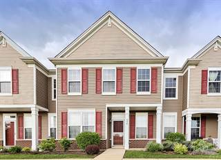 Townhouse for sale in 550 Topeka Dr, Grayslake, IL, 60030