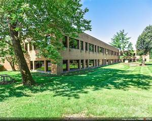 Office Space for rent in Barrett Woods Corporate Center I - 13523 Barrett Parkway Drive Partial 1st Floor, Ballwin, MO, 63021