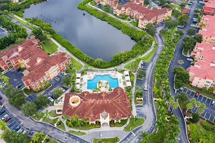 Residential Property for sale in 2709 VIA CIPRIANI 530B, Clearwater, FL, 33764