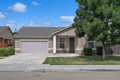 Residential for sale in 2254 S Orangewood Drive, Fresno, CA, 93727