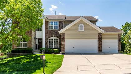 Residential Property for sale in 1352 Kiefer Bluffs Drive, Ballwin, MO, 63021