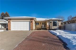Residential Property for sale in 535 28 Street S, Lethbridge, Alberta, T1J 3T1