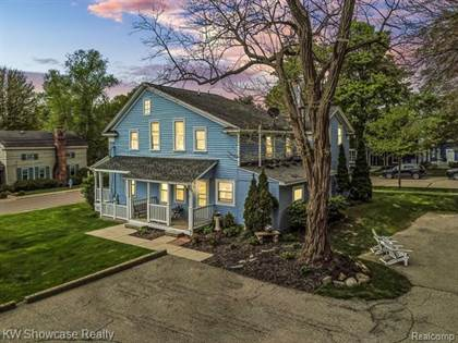 Multifamily for sale in 402 HICKORY ST, Milford, MI, 48381