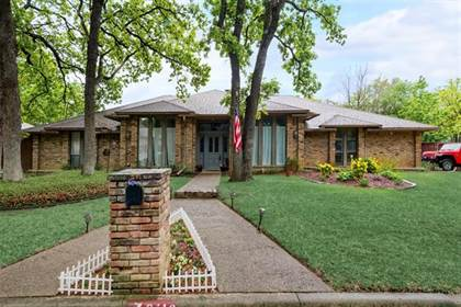 Residential Property for sale in 2110 Riverforest Court, Arlington, TX, 76017