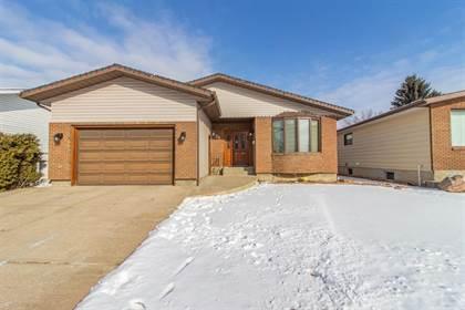 Residential Property for sale in 79 Calder Road SE, Medicine Hat, Alberta, T1B 1G5