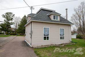 Residential Property for sale in 583 Boundary Rd. East, Pembroke, Ontario, K8A 6M5