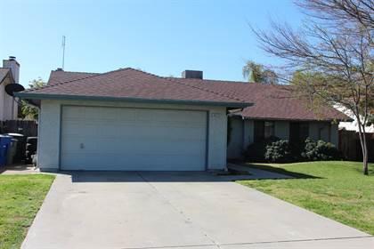 Residential for sale in 3675 W Dakota Avenue, Fresno, CA, 93722