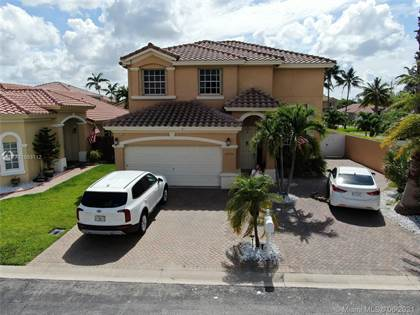 Residential Property for sale in 2090 NW 99th Ter, Pembroke Pines, FL, 33024