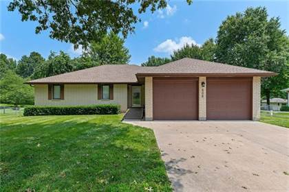 Residential Property for sale in 806 S 2nd Street, Odessa, MO, 64076