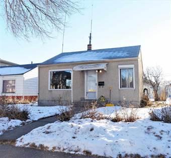 Single Family for sale in 9841 77 AV NW, Edmonton, Alberta, T6E1M3