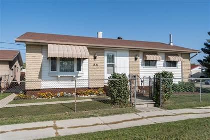 Single Family for sale in 1881 Selkirk AVE, Winnipeg, Manitoba, R2R0Z6