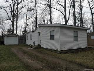Single Family for sale in 240 OAK GROVE Drive, Barnes Lake - Millers Lake, MI, 48421