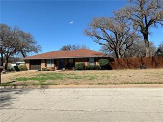 Single Family for sale in 817 Gregory Road, Graham, TX, 76450